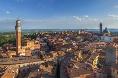 127541298-016a-Centro-storico-di-Siena-vista-aerea