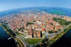 956629675-05-Mantova-no-differ-tra-centro-e-periferia